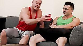NextDoorWorld (Gay)