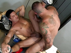 ExtraBigDicks Hard Body Sean Duran Tops Trainer