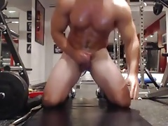 He is  cumming in the gym