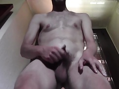 REAL HUGE CUM HOT DILF HAIRY NAKED - HOMEMADE AMATEUR SOLO