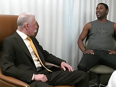 Stock trader needs black dick tonight!