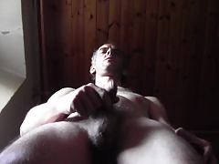 HOT DILF BIG CUM WITH NUDE HAIRY BODY, HOMEMADE AMATEUR SOLO