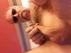 Jerking Off in Bed and Cumming