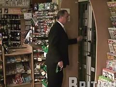Mik robbing a shop